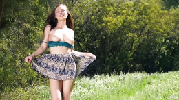 Super sexy Aidra Fox outdoor pussy masturbation