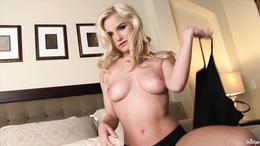 Blonde Liz Ashley loves to tease hot hot slot