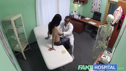 FakeHospital Doctors digits make MILF squirt
