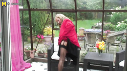 Courageous mature goes outdoors to enjoy her lustful masturbation