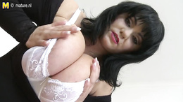 Hot big mature in stockings shows off her big ass and huge melons