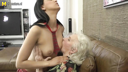 Gorgeous college babe licks and gets licked by her fat grandmother
