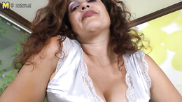 Big tit milf gets casted on camera showing off her fat ass