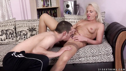 Mature blonde woman gets stuffed by a fresh hard cock