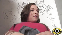 Awesome Leenuh Rae finger fucks her dripping clunge
