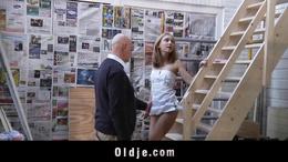 Old man fucks Nataly's hot pussy
