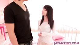 d Yumeno Aika gets a creamy facial
