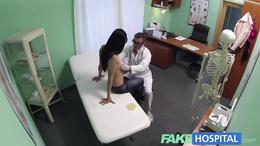 FakeHospital Doctors digits make MILF squirt