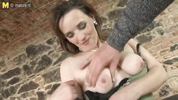 Brave nasty bitch blows dick with passion and offers anal fucking