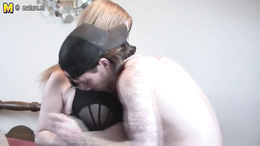 Top mommy welcomes son't best friend to shag her hard with his dick