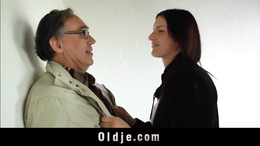 Slutty coed gives pussy to old man