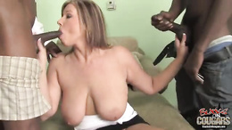 Zoey Andrews hot cougar do hard blow and wank